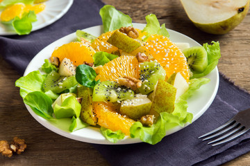 Fruit salad with seeds and nuts