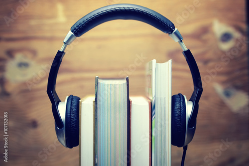 listening to music essay Music is a major part of our lives the average person listens to it on a daily basis  from car rides home, to intense workouts in the gym, or even.