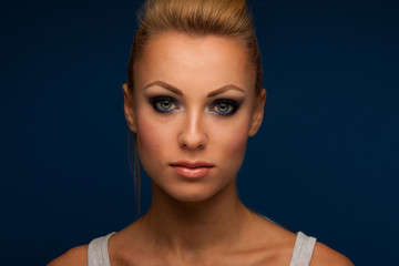 Gorgeous woman portrait with perfect makeup, smokey eyes, full l