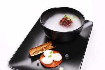 Soup, molecular cuisine.
