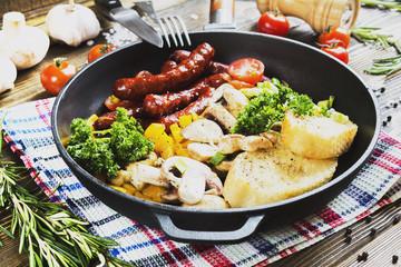 Breakfast in the pan