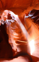 Fototapete - Upper Antelope Slot Canyon Showing a light beam into the Canyon, Page, Arizona