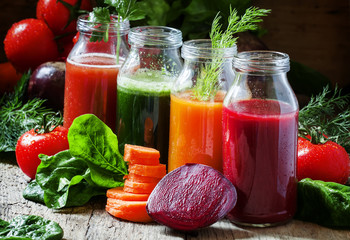 Poster Juice Four kind of vegetable juices: red, burgundy, orange, green, in