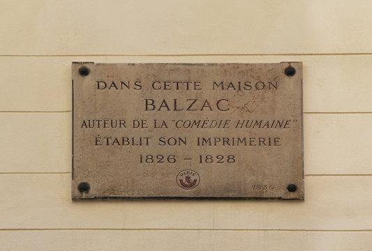 Plaque commémorative de l'imprimerie de Honoré de Balzac 17 rue Visconti à Paris
