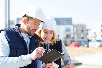 Engineer and architect dating next appointment on a construction