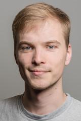 Bewerbungsfoto eines jungen Mannes