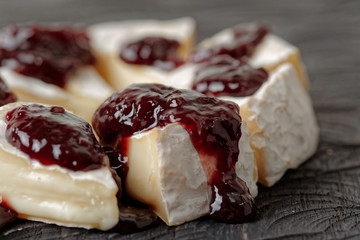 Brie cheese with jam