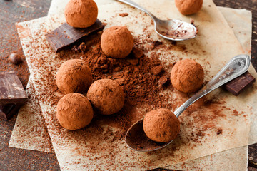 homemade chocolate candy truffles