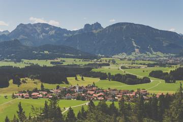 Panoramablick auf Eisenberg im Allgäu