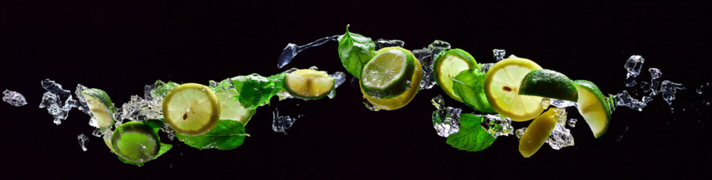 lime and lemon pieces with peppermint