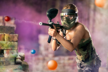 Paintball player shootout