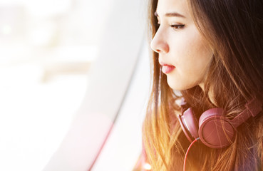 Chilling Calm Casual Eletronic Earphone Audio Concept