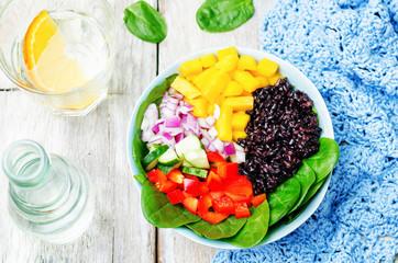 spinach, mango, black rice, pepper salad