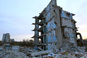 Photo sur Plexiglas Ruine Lost house. Ruines