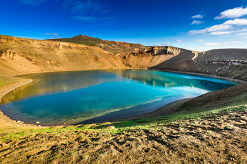 Fototapete - Unique lake in the crater of a volcano, Iceland