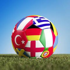 Fußball mit vielen europäischen Flaggen