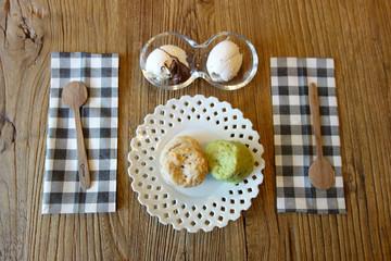 Scone and Ice cream