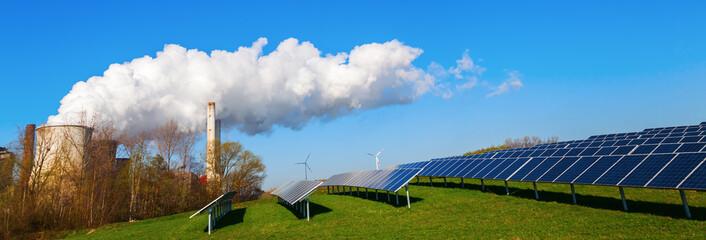 solar collectors and fossil-fuel power station Fotoväggar