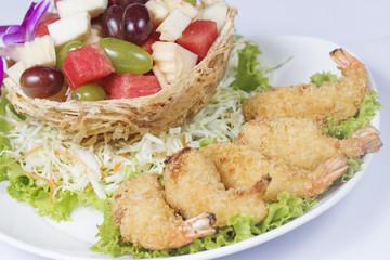 Deep fried Shrimp with the fruit salad