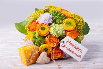 Blumenstrauß zum Geburtstag, Muttertag, Jubiläum... HERZLICHEN GLÜCKWUNSCH