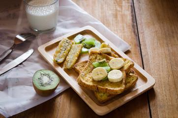 French toast with banana kiwi and milk