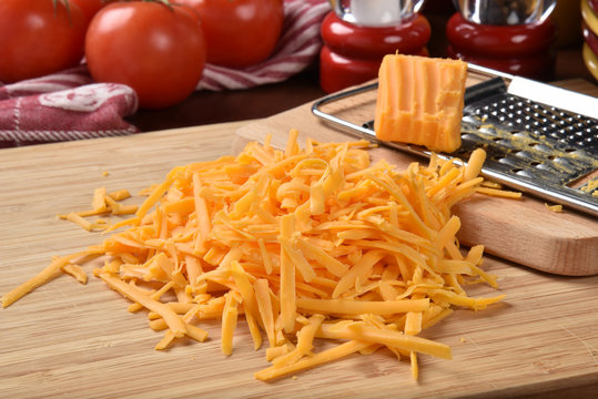 Grated cheddar cheese