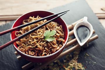 Bol nouilles asiatiques