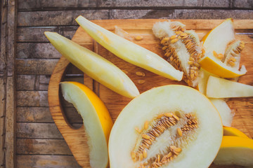yellow melon Cantaloupe  slices