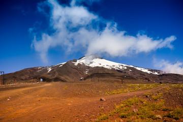 Volcán Villarrica en un día soleado