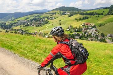 Fototapete - Mountainbiken im Schwarzwald