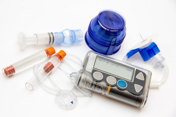Modern accessories to control diabetes - insulin pump with infusion set