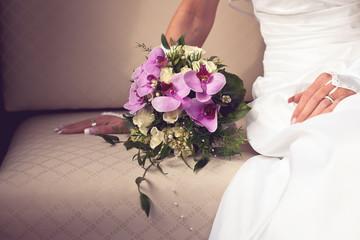 Hochzeit, Braut, Hände mit Strauß