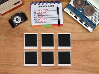 Six blank foto card.