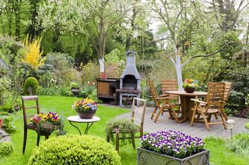 Garten im Frühling