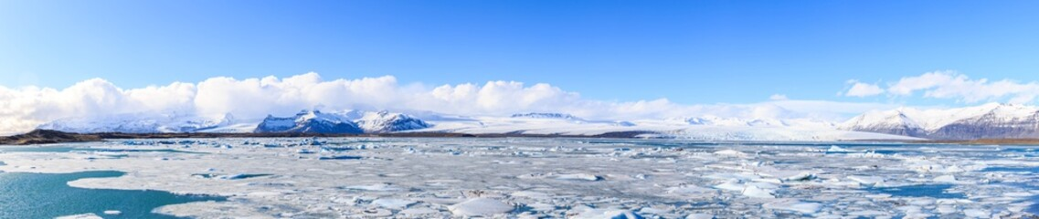 Poster Glaciers Panorama of vatnajokull Glacier Jokulsarlon lagoon