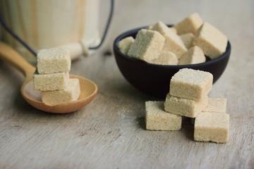 brown cane sugar cube