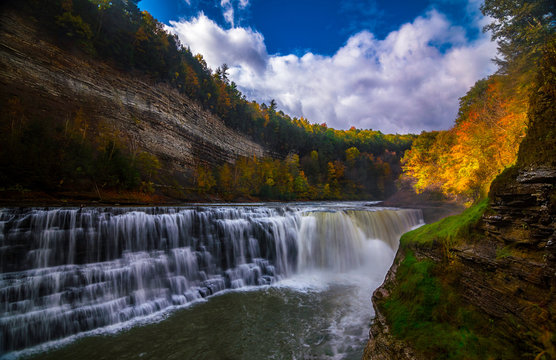 Lower Falls in Letchworth state park, NY in the fall autumn