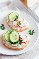 sandwiches with ricotta cheese and vegetables