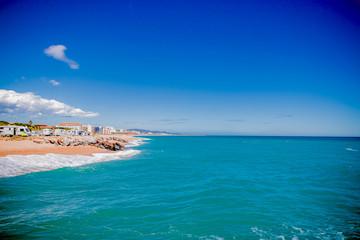 Plage, soleil et mer bleue