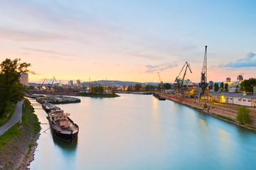 Fond de hotte en verre imprimé Port Harbour on river Danube in Bratislava city, Slovakia.