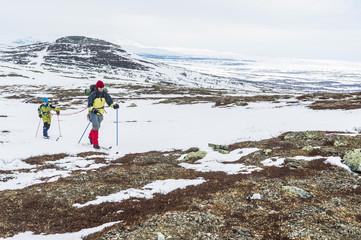 Women skiing