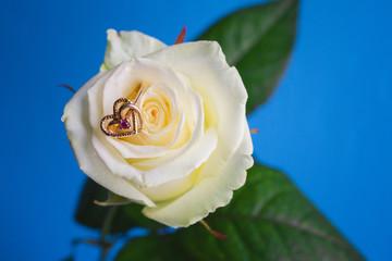 White rose wedding and engagement ring