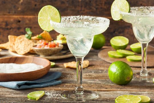 Refreshing Homemade Classic Margarita