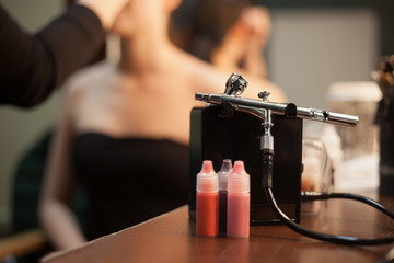 Airbrush for professional make up