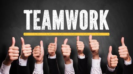 """viele Daumen Hoch zu """"Teamwork"""""""