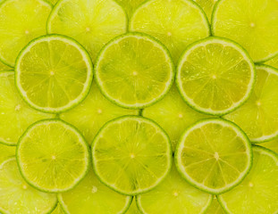 Cut the fruit of lime