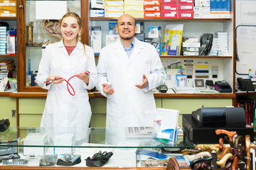 Professional physicians offering orthopaedic goods