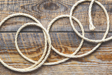 rope gyrate on a wooden table