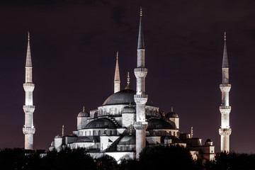 Night view of the Sultan Ahmed Mosque (aka Blue Mosque) in the old town of Istanbul (Turkey)