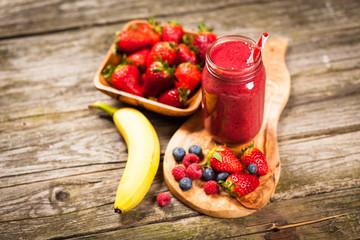 Fresh berry smoothie